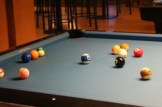 איך בוחרים שולחן משחק לאירוע?